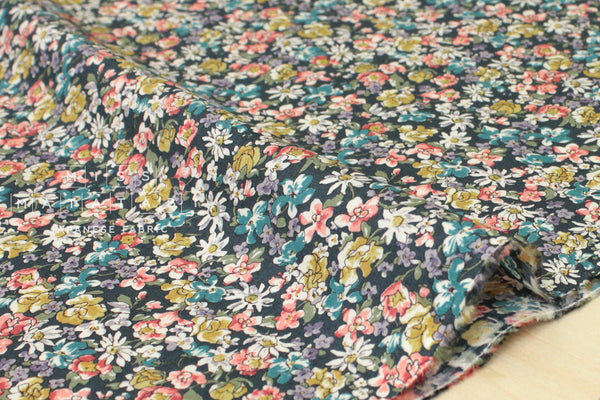 Japanese Fabric Delicate Floral lawn - green - 50cm