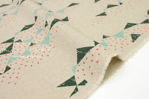 Japanese Fabric Kokka Tayutou Triangle - natural - fat quarter