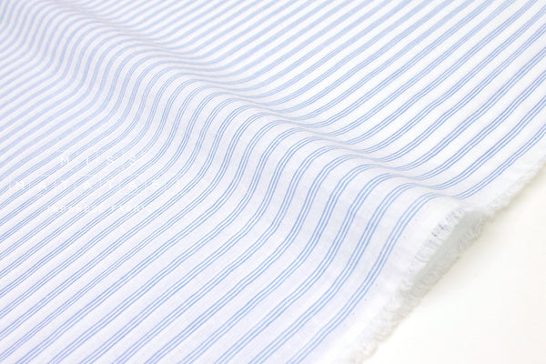 Japanese Fabric Woven Chambray - blue on white - 50cm