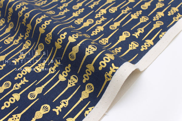 Cotton + Steel Akoma - Pin Up - navy, metallic gold - 50cm