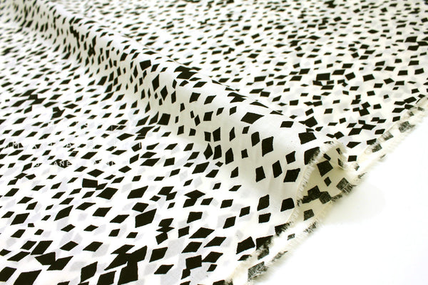 Japanese Fabric Random Mosaic cotton lawn - cream, black - 50cm