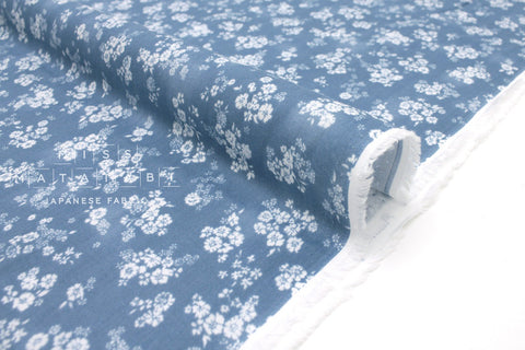 Japanese Fabric Little Daisies double gauze - blue - 50cm