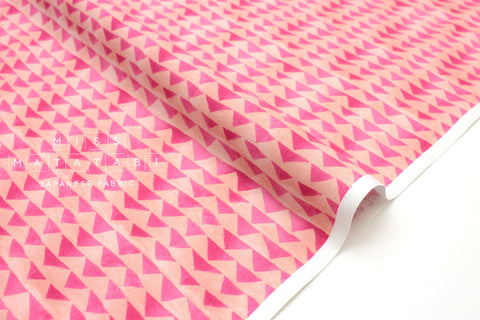 Japanese Fabric Cotton + Steel Once Upon A Time - Little Mountain - pink - fat quarter