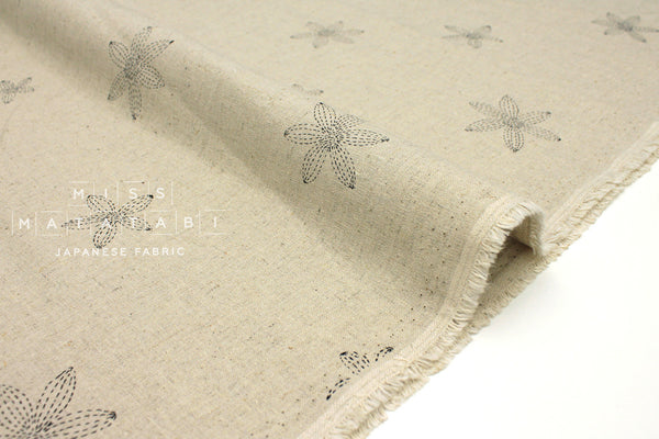 Japanese Fabric Stitch Flowers - natural, black - fat quarter