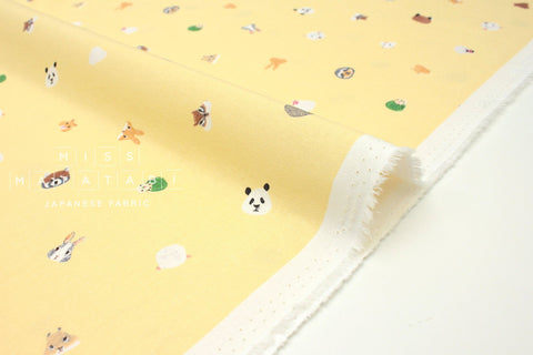 Japanese Fabric Kotorinuno Herbivore & Omnivore - pale yellow - 50cm