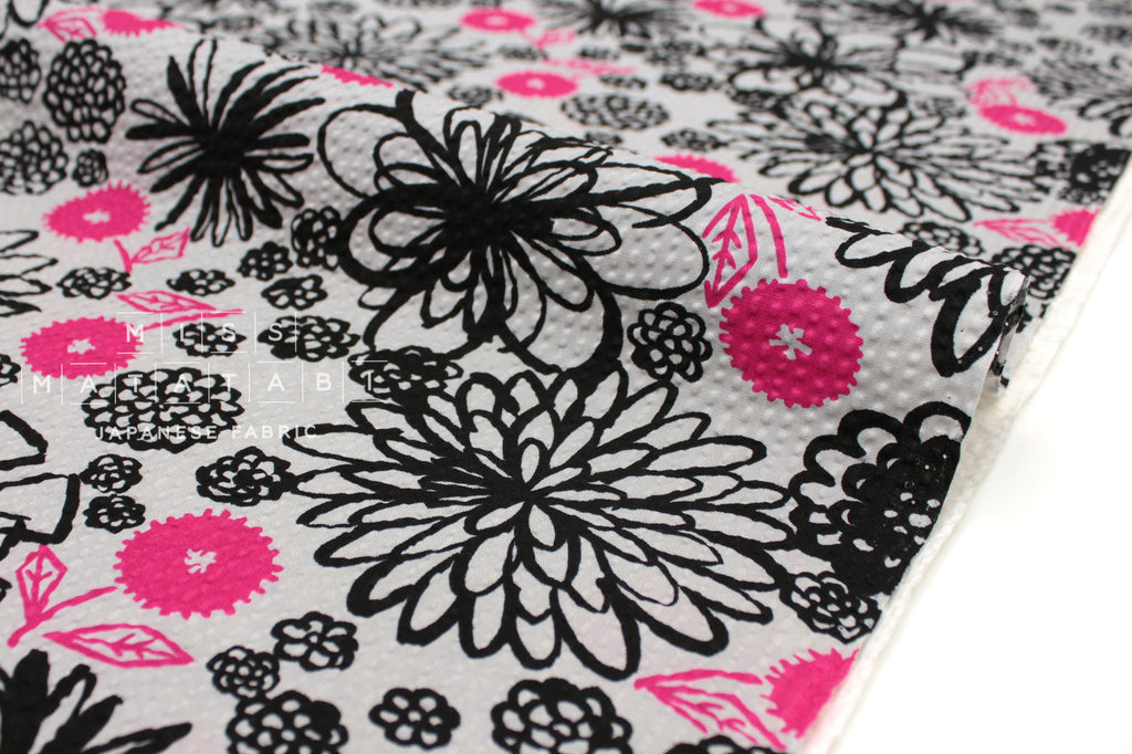 Seersucker Kiku Grey Pink Black Miss Matatabi Japanese Fabric