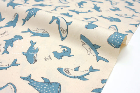 Japanese Fabric Sea of Gang - cream, blue - 50cm