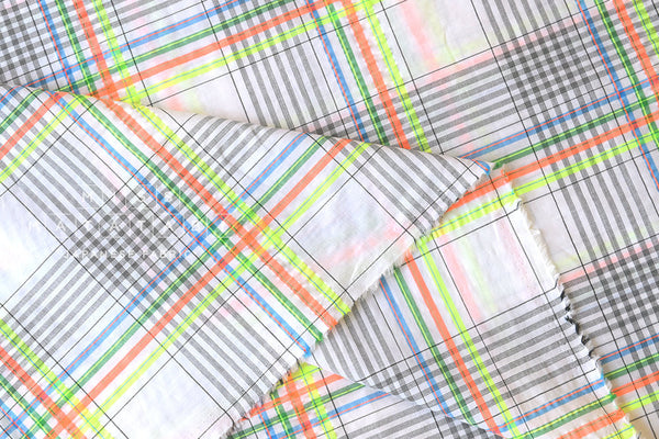Yarn dyed textured plaid - white