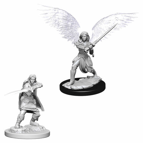 D&D Minis: Female Aasimar Fighter