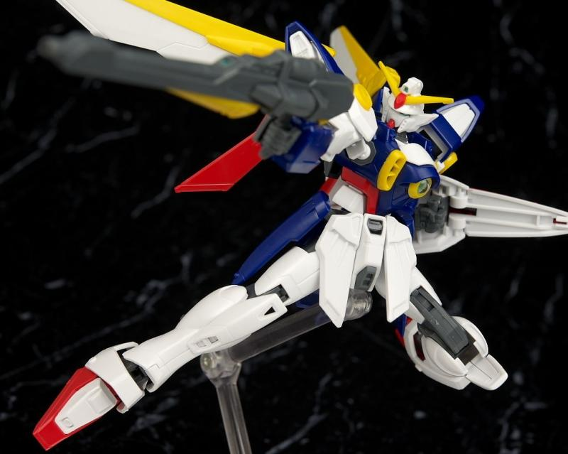 Bandai:  XXXG-01W Wing HG 1/144 Gundam Wing After Colony