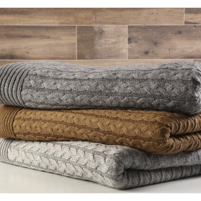 Cozy Cable Knit Woolen Throw