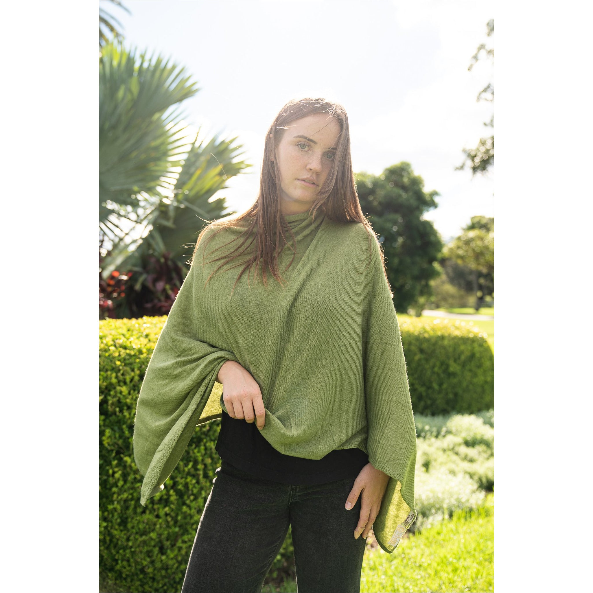 Cashmere Poncho - Green