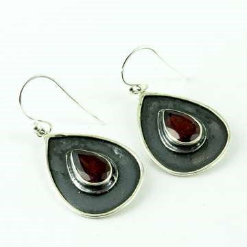 Tear Drop Silver Danglers Garnet - Melange Chic - 3