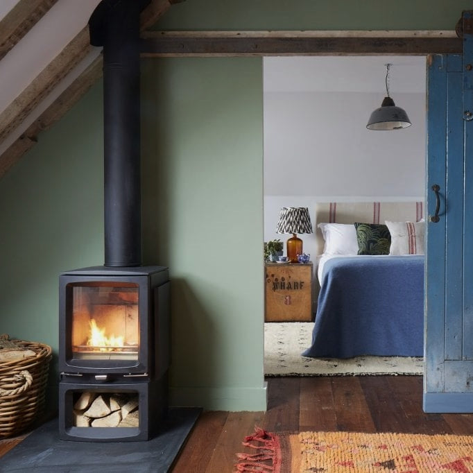 Time to snuggle in! How to make your bedroom cosy this autumn