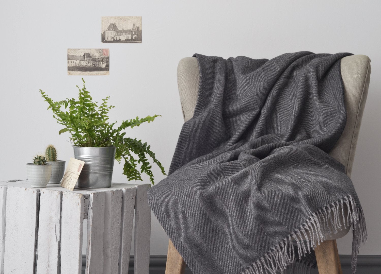 Dark grey merino lambswool throw The British Blanket Company