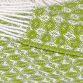Green cobweave wool throw - The British Blanket Company