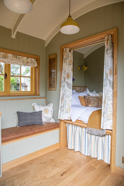 The Nest Bedroom of Luxury Sheppard Huts