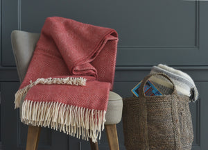 Lingonberry Herringbone Throw - The British Blanket Company