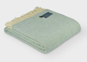Ocean Green Beehive Throw - The British Blanket Company