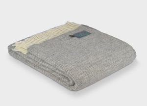 Soft Grey Windmill Throw - The British Blanket Company