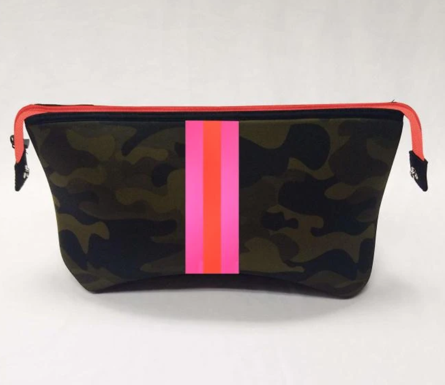 Haute Shore Kyle Cosmetic Case