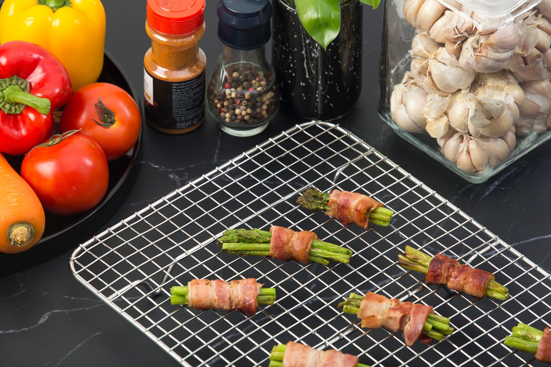 Cooling rack with bacon featured image