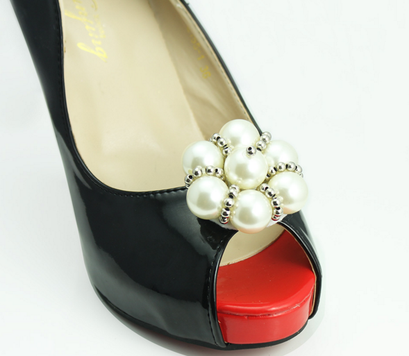Crown design shoe charms ivory pearl removable decorative shoe crown design shoe charms ivory pearl removable decorative shoe clips shoes accessories shoes decorations for wedding junglespirit Image collections
