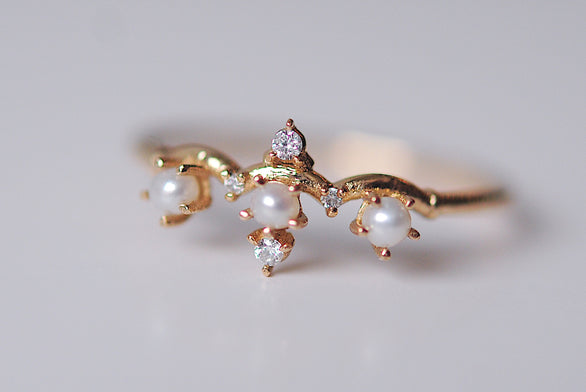 Pearl Winter Waltz Ring