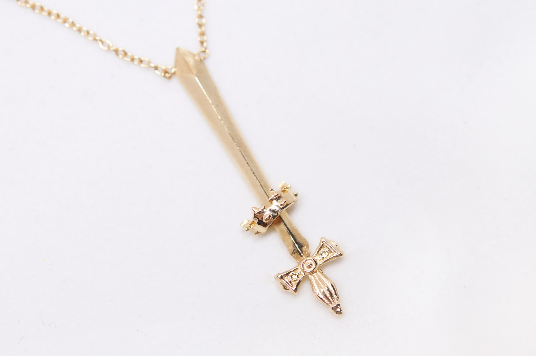 New Uk Seller Sword Necklace With Cord /& Chain