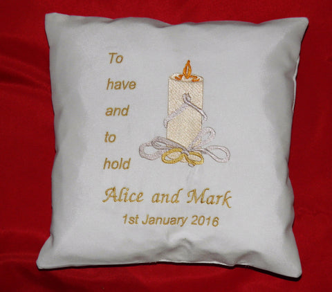 RC3 Wedding Ring Cushion €25