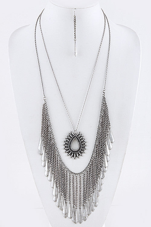 Layered Fringe Necklace Set