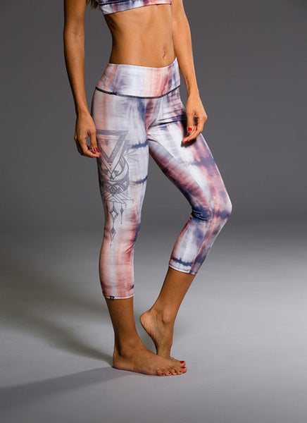 Graphic Capri Mantras