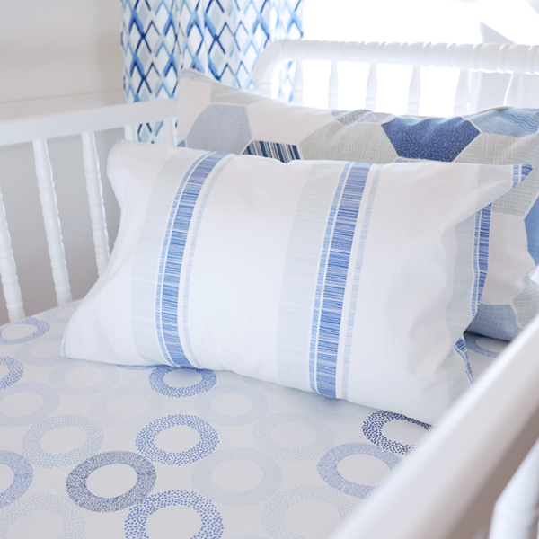 Oasis Rings Crib Sheet Set