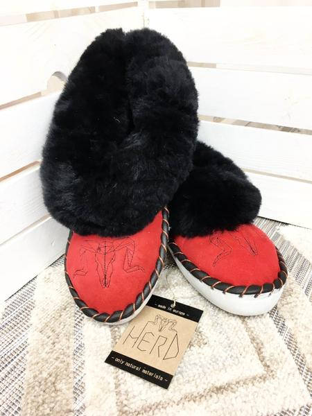 Black&Red Sheepskin Slippers.