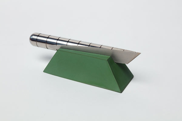Introducing the Desk Knife Plinth