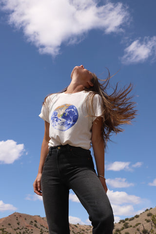 Earth Flag Jung Tee
