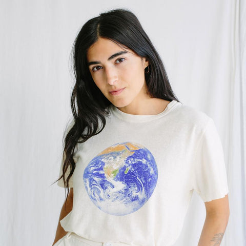 Washed White Earth Flag Jung Tee