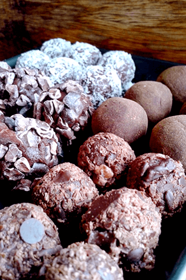 Sweet Smooth Raw Cacao Balls