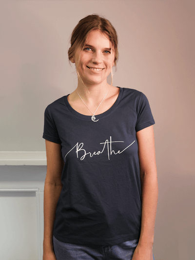 Breathe Scoop Neck Yoga T-Shirt - YogaClicks - £34.95
