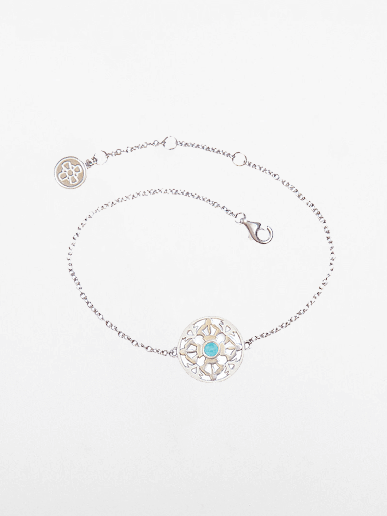The Ocean of Infinity - White Gold & Aquamarine Gemstone Bracelet
