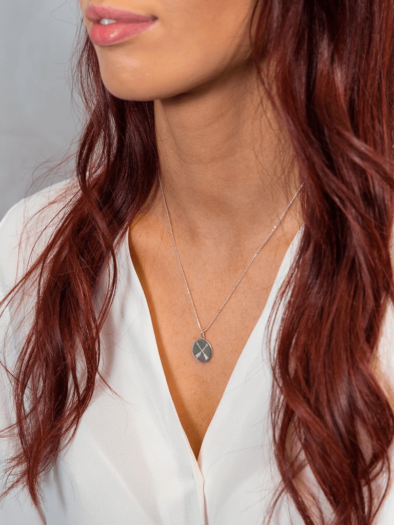 Find A Way Crossed Arrow Necklace - Rose Gold