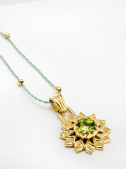 Eternal Bliss Spiritual necklaces Gold Heart Chakra with Peridot Pendant - Gold