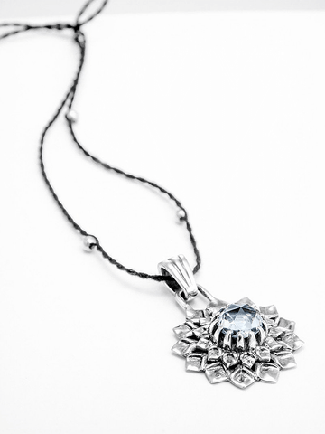 Crown Chakra with Quartz Pendant - Silver