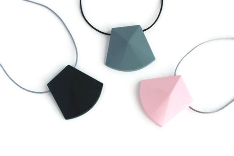 Marge Silicone Teething Necklace - Minted Lane