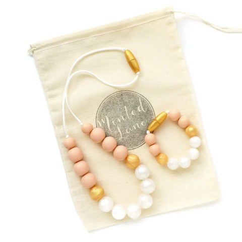 Zoe Silicone Teething Necklace & Bracelet Set - Peach, Gold & Pearls