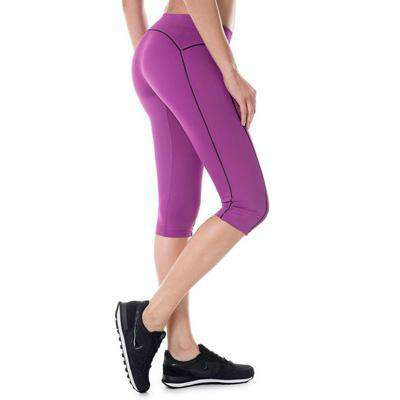 Compression Fit Capri Leggings