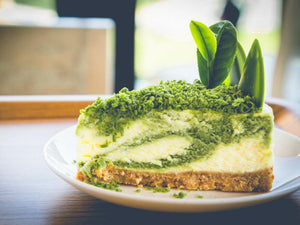 Matcha recept iz Matcha Magic - Matcha cheesecake s piškotno osnovo z bloga Matcha Magic recept