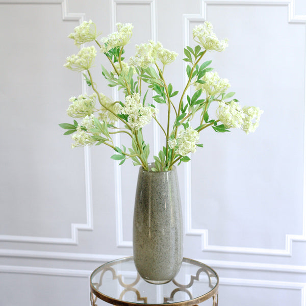 Artificial flowers luxury faux silk white cow parsley spray lifelike realistic faux flowers buy online from Amaranthine Blooms UK
