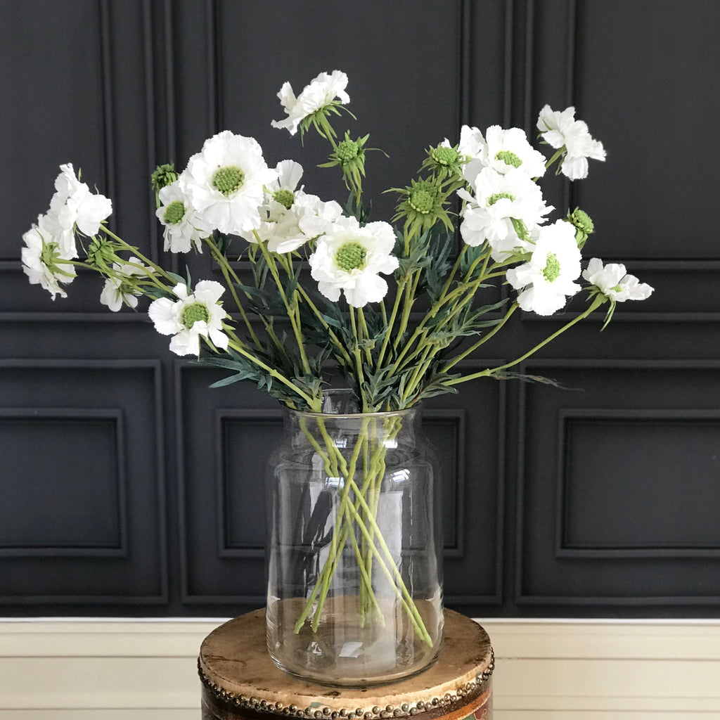 Artificial flowers luxury faux silk white chervil spray lifelike realistic faux flowers buy online from Amaranthine Blooms UK