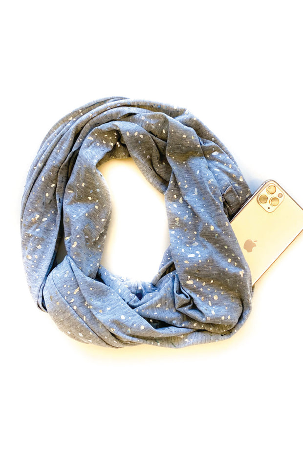 Cute Infinity Scarf with a Hidden Pocket